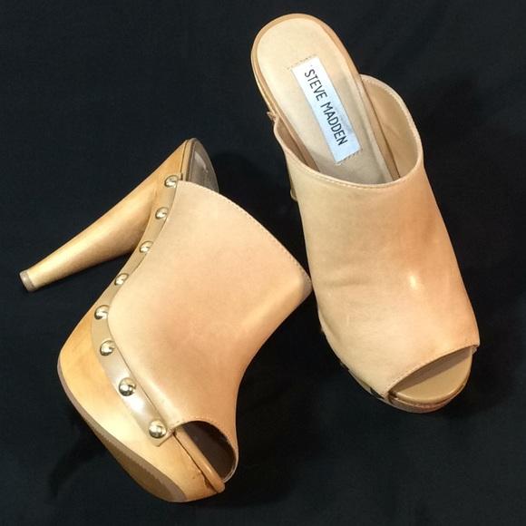 "9845c1f91d7 Steve Madden ""DAYNTY"" leather tan wooden heels. M 5b093f333afbbd29261a2e68"